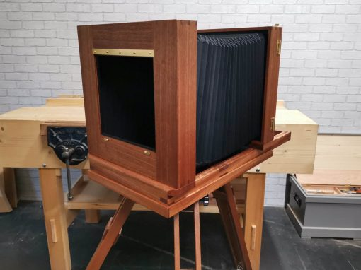 10×8 Mahogany Tailboard Camera with Tripod