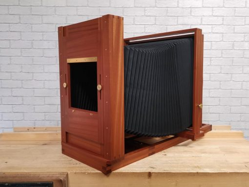 14×17 Tailboard Camera